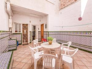 obrázek - Six-Bedroom Holiday Home in Blanes