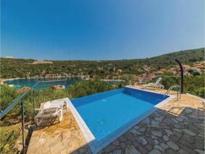 Three-Bedroom Holiday Home in Drvenik Veliki - Zirona Grande