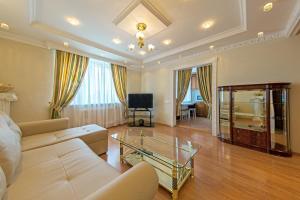 Lux-Apartments улица Большая Спасская