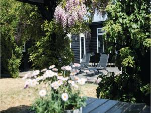 Four-Bedroom Holiday Home in Juelsminde, Holiday homes  Sønderby - big - 21
