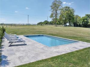Three-Bedroom Holiday Home in Gournay-en-Bray, Case vacanze  Gournay-en-Bray - big - 25