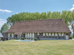 Three-Bedroom Holiday Home in Gournay-en-Bray, Case vacanze  Gournay-en-Bray - big - 1