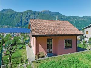 Holiday home Mandello del Lario 49 - AbcAlberghi.com