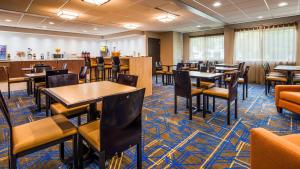 Best Western Plus Portland Airport Hotel & Suites, Hotels  Parkrose - big - 43