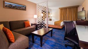 Best Western Plus Portland Airport Hotel & Suites, Hotels  Parkrose - big - 124