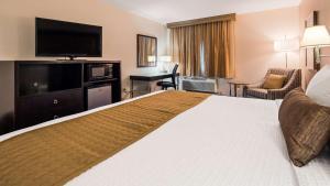 Best Western Plus Portland Airport Hotel & Suites, Hotels  Parkrose - big - 125