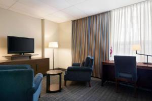Travelodge by Wyndham Conference Centre & Suites Whitecourt, Szállodák  Whitecourt - big - 71