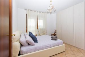 Appartamento luminoso vicino al centro - AbcAlberghi.com