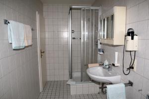 Hotel Alpenrose, Hotel  Bad Reichenhall - big - 2