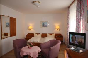 Hotel Alpenrose, Hotel  Bad Reichenhall - big - 6