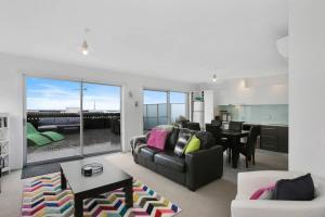 . APOLLO 13 PENTHOUSE - free wifi & huge terrace!
