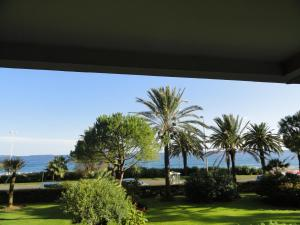 Cannes Terrace Beach Front & Sea view, Apartments  Cannes - big - 10