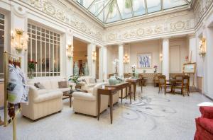 Hotel Corona d'Oro - AbcAlberghi.com