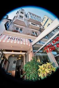 Hotel Les Arcades, Hotely  Saint-Cast-le-Guildo - big - 17