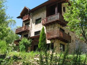 Casa Fontanella, Pal