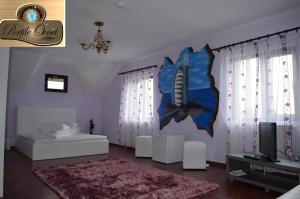 Portile Ocnei, Penziony  Tîrgu Ocna - big - 41