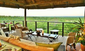Victoria Falls Safari Club (16 of 34)