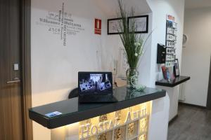 Hostal Abril Madrid, Мадрид