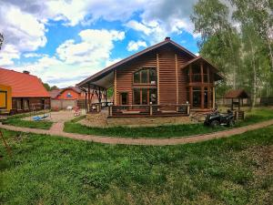 Cozy Guest House on Lugovaya 3, Country houses  Novoabzakovo - big - 1