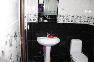 Apartments on Kobaladze Street 8A, Apartmanok  Batumi - big - 127