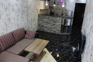Apartments on Kobaladze Street 8A, Apartmanok  Batumi - big - 111