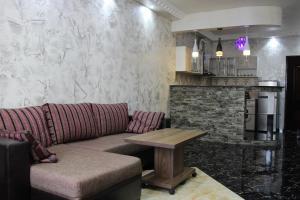 Apartments on Kobaladze Street 8A, Apartmanok  Batumi - big - 110