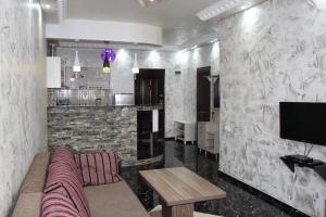Apartments on Kobaladze Street 8A, Apartmány  Batumi - big - 3