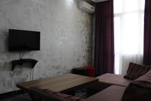 Apartments on Kobaladze Street 8A, Apartmanok  Batumi - big - 108