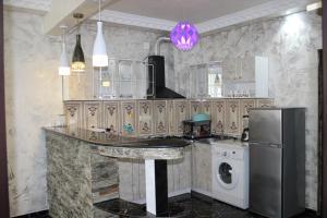 Apartments on Kobaladze Street 8A, Apartmanok  Batumi - big - 104