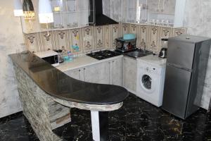 Apartments on Kobaladze Street 8A, Apartmanok  Batumi - big - 101