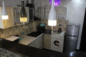 Apartments on Kobaladze Street 8A, Apartmanok  Batumi - big - 100