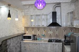 Apartments on Kobaladze Street 8A, Appartamenti  Batumi - big - 99
