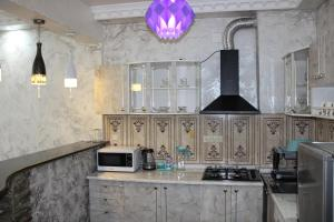 Apartments on Kobaladze Street 8A, Apartmanok  Batumi - big - 99
