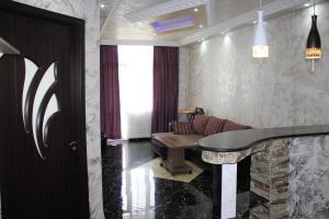Apartments on Kobaladze Street 8A, Apartmány  Batumi - big - 6