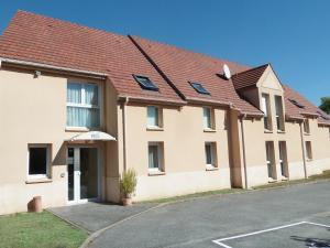 Val Hotel - Magny-les-Hameaux