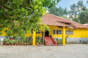 Auberges de jeunesse - 5 BHK Homestay in Aldur, Chikkamagaluru(19EC), by GuestHouser