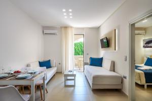 Marinos Beach Hotel-Apartments, Apartmanhotelek  Platanész - big - 77