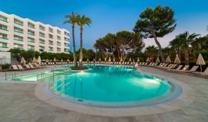 Globales Mediterrani, Hotels  Cala Blanca - big - 68