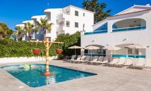 Globales Mediterrani, Hotels  Cala Blanca - big - 67
