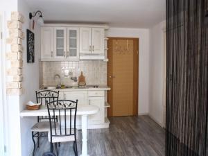 Old Town Apartment, Apartmanok  Šibenik - big - 73