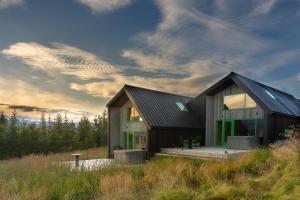 Viking Cottages & Apartments