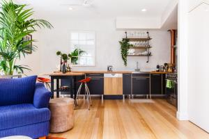 Vera - Beyond a Room Private Apartments, Apartmanok  Melbourne - big - 47