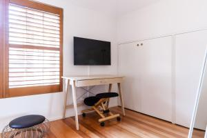 Vera - Beyond a Room Private Apartments, Apartmanok  Melbourne - big - 64