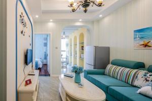 . Dujiangyan City· Ling Xiu Du Jiang Locals Apartment 00130600