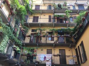 Appartamento su corte milanese - AbcAlberghi.com