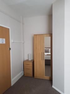 Alexandra Place Apartments
