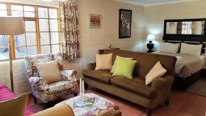 Lake Naverone Holiday Cottages, Resorts  Drakensberg Garden - big - 127