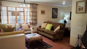 Lake Naverone Holiday Cottages, Resorts  Drakensberg Garden - big - 126