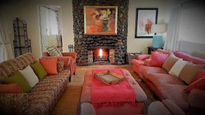 Lake Naverone Holiday Cottages, Resorts  Drakensberg Garden - big - 123