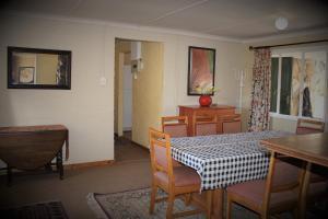 Lake Naverone Holiday Cottages, Resorts  Drakensberg Garden - big - 122
